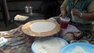 c'était en TURQUIE ,un fourneau ,de l'eau ,de la farine ,un complem...