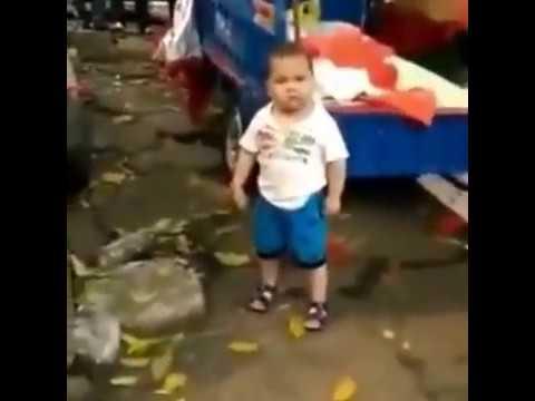 Видео у мальчика встал на маму фото 515-927