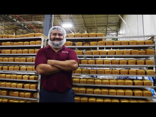 Roskam Baking Company - We Are Family – Roberto – Work