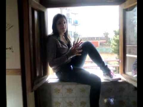 Ragazza si butta dalla finestra youtube - Si butta dalla finestra milano ...