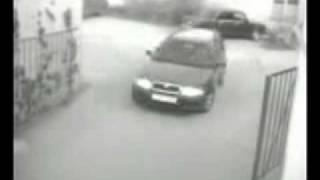 машина перевернулась(На сайте http://hormann.net.ua/ Вы найдете информацию по ценам, характеристикам и описание самых последних новинок..., 2010-04-12T22:39:32.000Z)