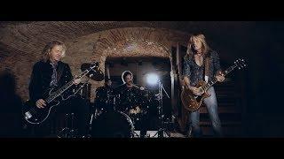 "Revolution Saints – ""Light In The Dark"" (Official Video) #DeenCastronovo #DougAldrich #JackBlades"
