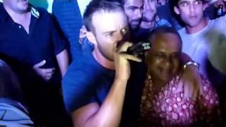 AB De Villiers sings Summer of 69