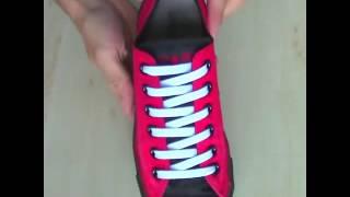 Несколько видов шнуровки кроссовок
