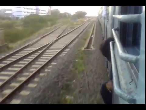 Tiruchendur - Tirunelveli Passenger Arriving Seydunganallur Railway Station