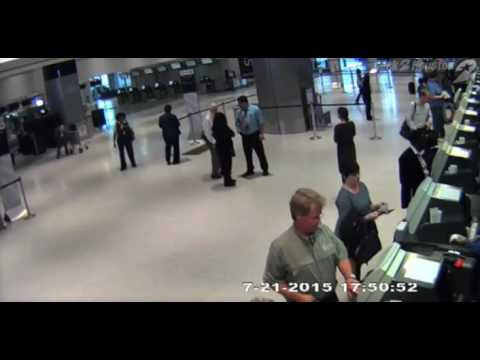 United Airlines Employee Caught On Camera Pushing A 71-Year-Old Man To The Ground!