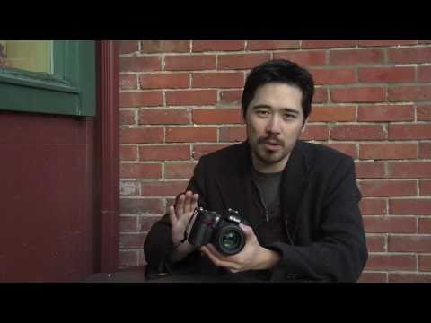 Nikon D7000 Hands-On with Low Light Footage