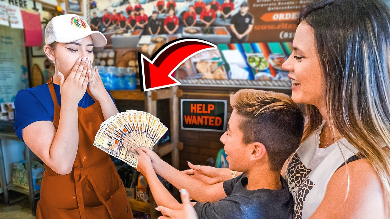 Ordering Food Then TIPPING $2000!! (Emotional) | The Royalty Family