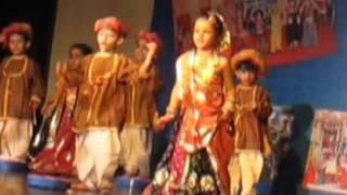 Kavya dance rajsthani song cham cham chamke  chunri