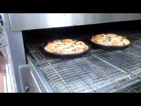 Domino's Pizza (How it's Made)