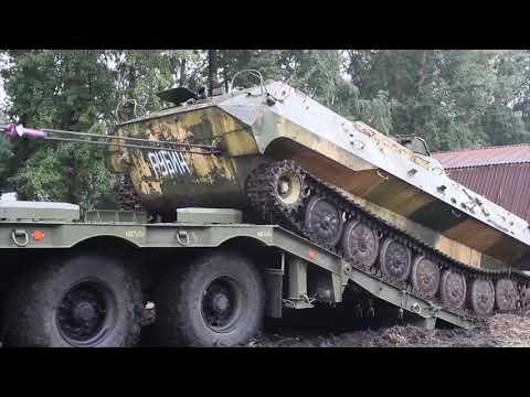 в Поволжье  показали новейшую технику для перевозки бронемашин