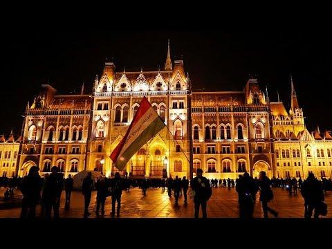 -قانون العبودية- يدفع بالمجريين إلى الشوارع للاحتجاج  - نشر قبل 1 ساعة