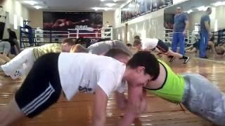Тренировка средней возрастной группы секции бокса. г. Ярцево Смоленской обл.
