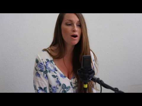 Don't Think Twice, It's All Right - Bob Dylan (Brooke Stephenson and Lydia Luce Cover) streaming vf