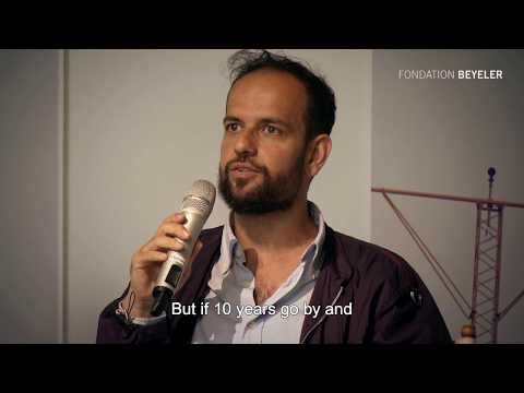 "Artist Talks: Tino Sehgal - about his work ""Kiss"""