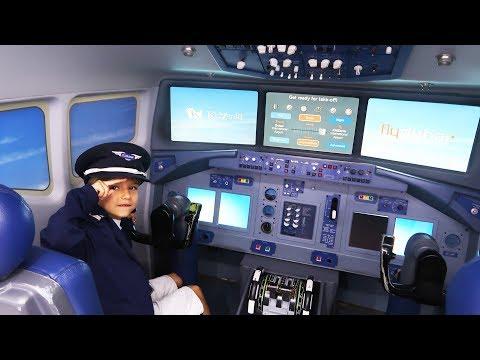 Sammie is a Pilot ! Kids Fun at Kidzania Dubai #2 - Making Money