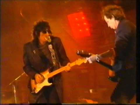 The Rolling Stones - Not Fade Away - 1994 FULL HD