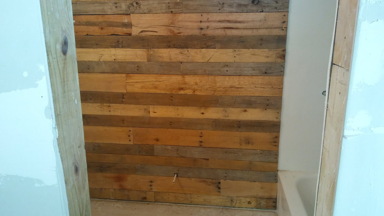 How To pallet wood accent wall - YouTube