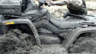 2009 Outlander 800R MudPro 700 Stuck in Nasty Thick Mud !!!