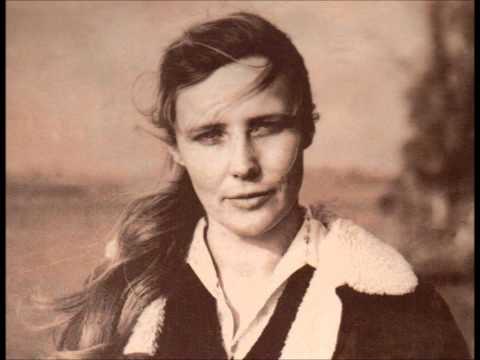 Agnieszka Osiecka - Kochankowie z ulicy Kamiennej (Sława Przybylska - muz. W. Solarz.wmv