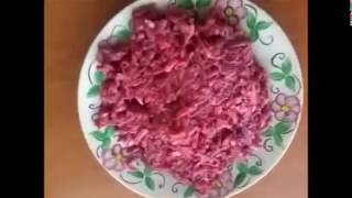 Салат  из свекла и сыром очень вкусный салат