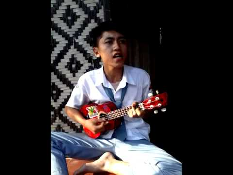 gilang- punk rock bulan sabit