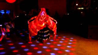 Belly dancing: Beauty of movement by Willow, a Film by Daniel K