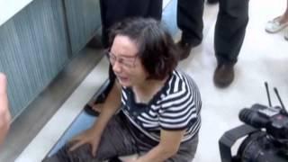 Taiwan plane crashes while making emergency landing