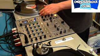 Vinyl Vinnie @ OOS Radio Techno Tuesday Episode 018