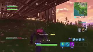HOW TO CARRY AN EXTRA ITEM ON CONSOLE! **EASIEST WAY** On Fortnite Battle Royale!