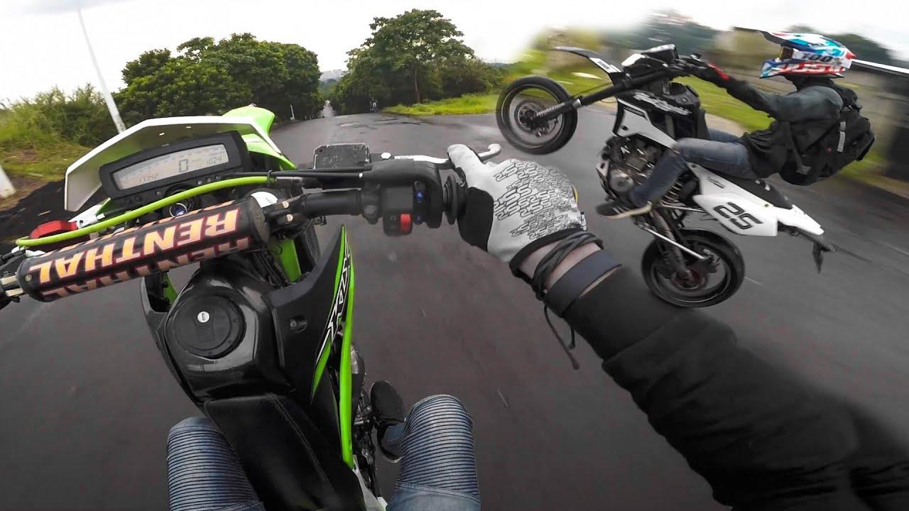 DUEL WHEELIE KLX 250 | NYOBAIN MOTOR BARU ID9