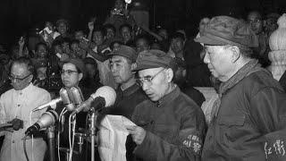 周恩来娘娘腔,有哈姆雷特情结,毛泽东自信可以控制;毛有更多政敌需要对付;周恩来的人格:可以出卖刘少奇、林彪,邓小平对周有非议——毛泽东为什么打败了蒋介石(9)精彩片段4丨《细说历史》(陶杰 何频)