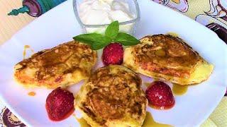 Сырники в сэндвичнице мультипекаря для здорового завтрака.