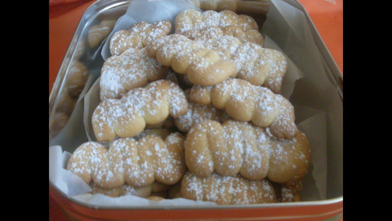 Recette des spritz biscuit sec traditionnel alsacien youtube - Gateau de noel alsacien stollen ...
