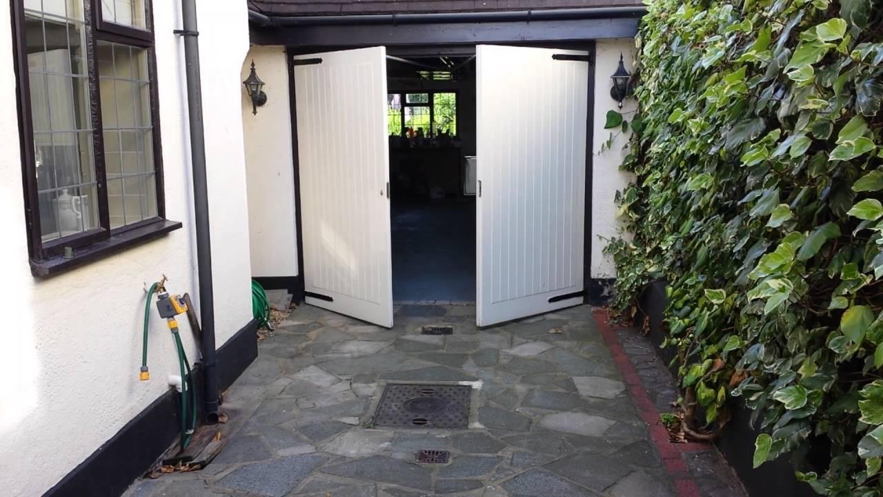Traditional Side Hinged (Hung) Garage Door Automation & Traditional Side Hinged (Hung) Garage Door Automation - YouTube