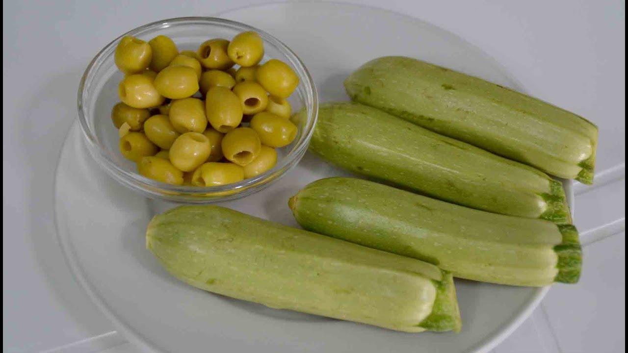 جديد عندك قرعة الخضراء و الزيتون حضري بيهم اسهل وجبة اقتصادية للغداء او العشاء