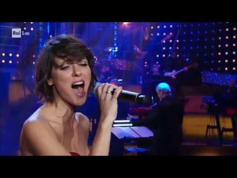 Simona Molinari canta Something - Celebration 04/11/2017