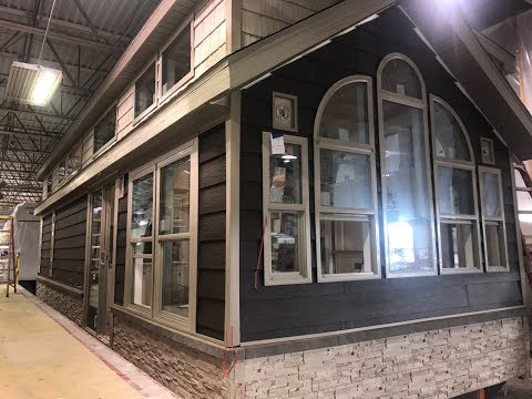 LUXURIOUS TINY HOME BUILT FOR A KING