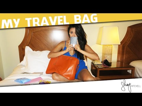 what's-in-my-travel-bag?-|-shay-chic