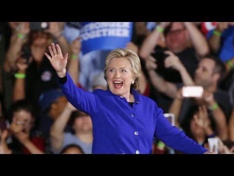Clinton, Trump focus on battleground states