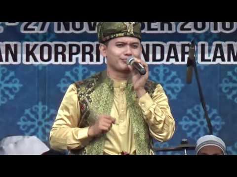 Finalis Remaja Putra 61 dari Sumut pada Festival Bintang Vokalis Seni Qasidah Nasional 2016 di Lampu