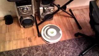 irobot roomba 520 Видео 5(Это видео загружено с телефона Android., 2010-11-04T22:52:10.000Z)