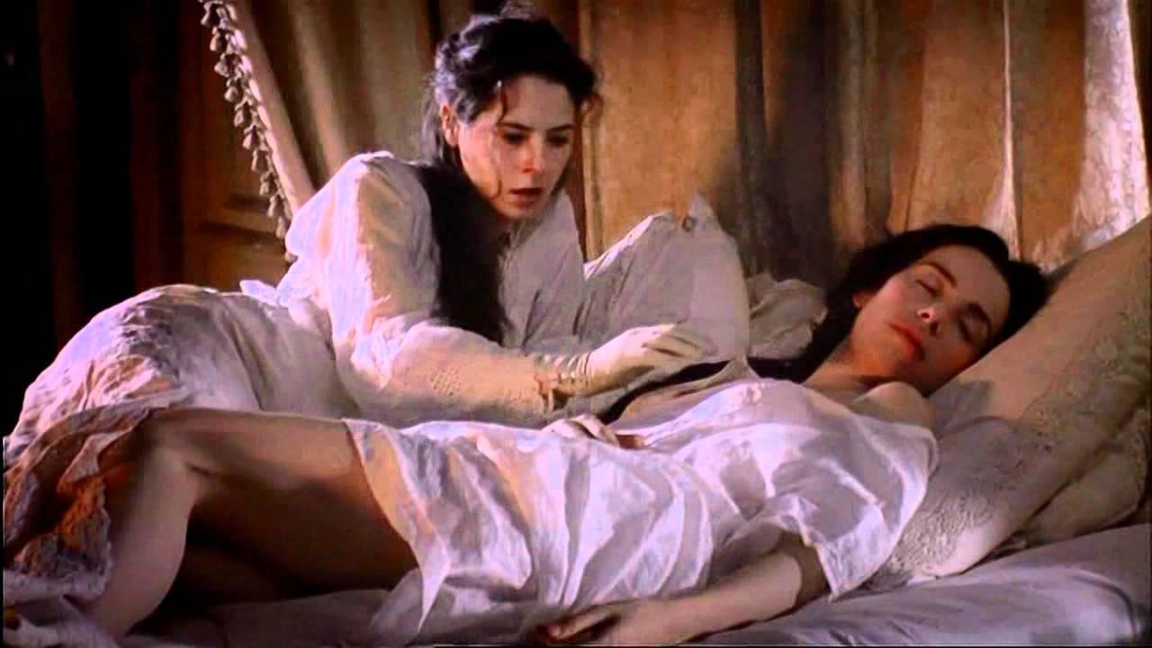 lesbian movies, best lesbian movie, lesbian life, women life, fingersmith novel, sarah water, fingersmith bedscene