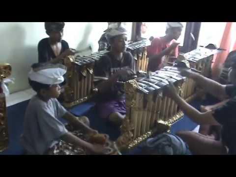 Latihan Tabuh Kembang Girang, Sanggar Candi Dharma Duta Singaraja