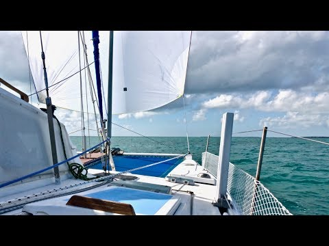 Downwind Sailing in the FLORIDA KEYS (we hit a crab trap)