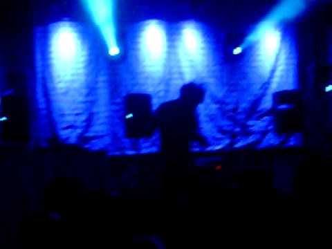Intro to animal collective Concert live at Stubbs in Austin 6-5-09