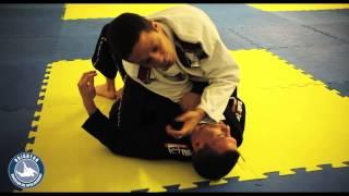 BJJ Lesson 10 – Choke from Full Mount – Brighton Brazilian Jiu Jitsu – www.bbjj.co.uk