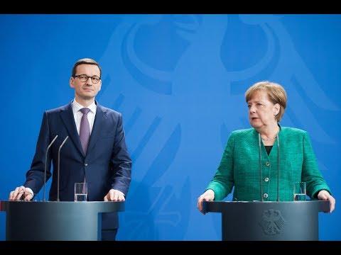 Mateusz Morawiecki i Angela Merkel podczas konferencji prasowej w Berlinie