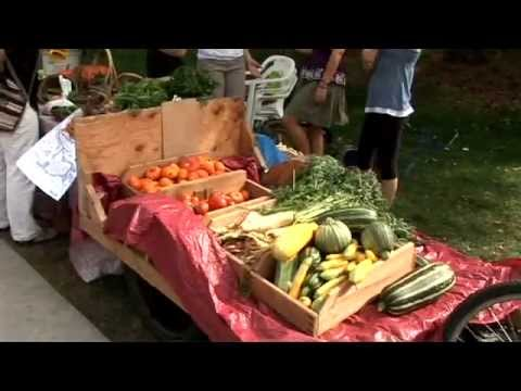 Ramble On: Students-Run Organic Produce Stand