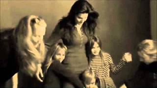 Angie Harmon & The Hornettes - Happy Everafter In Your Eyes